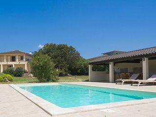 Villa standing Piscine & Hammam  et jardin de 5300 m2/ plage à 700m