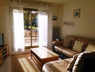 Magnifique appartement, espace, calme et stationnement gratuit.