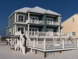 6BR house right on the BEACH