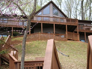 Newly Renovated 5 Bedroom Lakefront House at Smith Mountain Lake