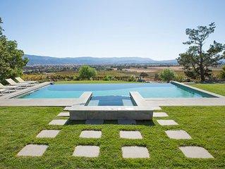 Majestic Ranch Overlooking Acres of Vineyards
