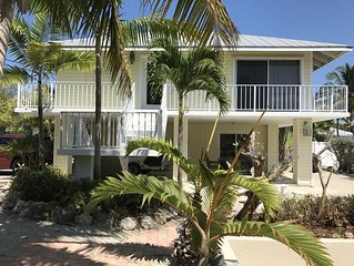 THANKSGIVING OPEN-WEEKLY STAYS ALLOWED-WATERFRONT HOME-WIFI-PRIVATE DOCKAGE