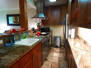 Jackson Hole Condo, 5 Miles from Grand Teton National Park,4 miles to ski resort