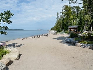 Awesome!,18500 SqFt, Epic Log Home,350ft Private Sand Beach,7 Bedroom Sleeps 22