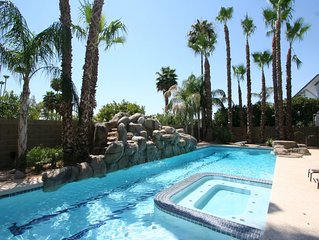 LUXURY MESA HOME 6 BDRMS, POOL WITH SLIDE AND SPORT COURT GREAT FOR FAMILIES