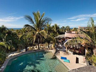Oceanview estate with pool, 5 min walk to the beach, 10 min from Todos Santos!