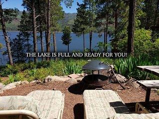 LAKEFRONT CABIN! Deer-trail 2Lake's shores! Canoe, Kayak & Fishing Equip! Pet :)