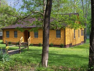 Shenandaoh Dreaming Riverfront Log Cabin - LIFE IS GREAT ON THE RIVER!