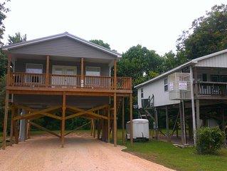 Cabin House 32 Spring River - Hardy, Arkansas - Canoe - Fish - Hunt -Shop -Raft