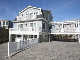 Pristine,  Oceanside North Beach House  1 house from ocean. Built in 2013.