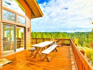 Spacious Modern Lake Cabin 2 Acre Estate W/ Private Gate & Beach & Amazing Views