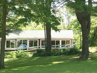Otsego Lake - Cooperstown Lakefront Cottage - 750 feet of waterfront!