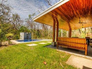 Serene home w/pool & yard wildlife steps to beach