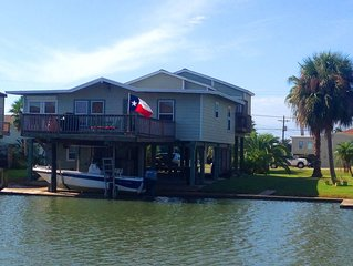Jamaica Cove Camp great 3/2 Sleeps 6 Canal Home in Jamaica Beach