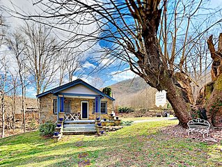 2BR Stone Cottage: Private Hot Tub, Deck, Yard w/ Creek & Fire Pit