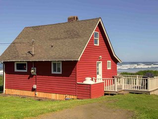 A Yachats Classic With An Incredible Ocean View, Tide Pools & Sandy Beach! FREE