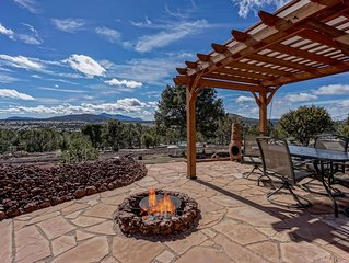 Enchanting Home w/ Mt Views (3BR/Sleeps 8)  Central to Grand Canyon & Flagstaff!
