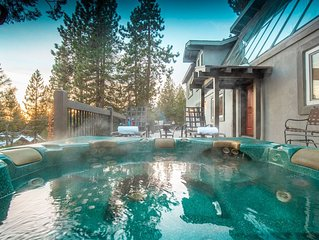 Private Home w/Hot Tub, Fire Pit, Views of North Shore & More  ❤ by AvantStay