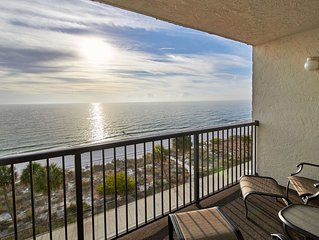 Direct Gulf Front unit that offers Sunsets you will never forget!