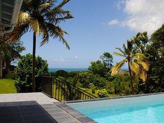Villa de standing entre Deshaies et Ste Rose, piscine privee, vue mer & montagne