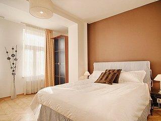 Appartement  Ensoleillé Centre Ville de Prague dans immeuble de standing