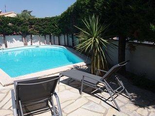 Villa climatisée avec grande piscine proches plages et Montpellier