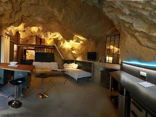 La Grotte du Moulin.