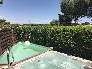Villa au calme avec SPA, piscine, jardins, climatisation, WIFI, plage à 600m