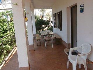Superbe apt avec jardin and terrasse