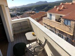 Duplex nid d'aigle au ceour de la citadelle de Bonifacio !  Entierement renove.