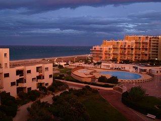 Appartement vue sur mer, parking et proche des commerces