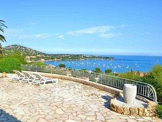 Location Villa , vue exceptionnelle sur la Mediterranee