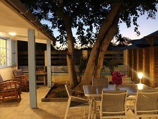 BUNGALOW T3 dans résidence avec jardin tropical à 300 m du lagon