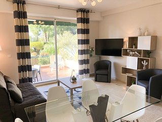 Spacieux appartement F3 de 62 m2, terrasse 35 m2, proche mer