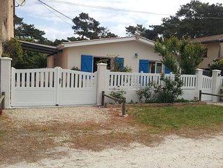 Lacanau-océan 300m de l'océan,calme,maison individuelle aux volets bleus