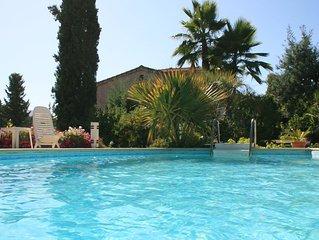 Tres Beau T2 dans une villa individuelle avec piscine et jardin