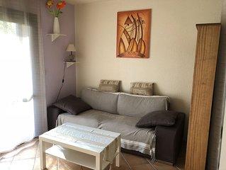 Joli appartement classé 3* avec jardin dans résidence calme à 800 mètres du lac