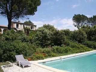La maison dans les bois avec piscine entre Verdon et Méditerranée