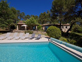 Villa avec piscine privée, au calme, proche du village de Roussillon