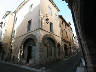 Maison de ville avec terrasse sur les toits du vieux Cahors