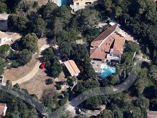 Grande maison de vacances au coeur des chenes verts sur les hauts de nimes