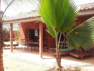 location villa mbour saly proche de la plage à 7 minutes à pied