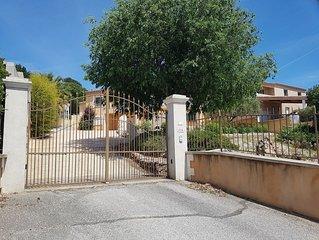 Superbe Villa sur les hauteurs de Bellegarde (Gard)