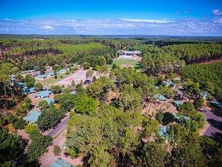 Loue cottage 25 m2 plus sa terrasse, pour 4  Villages sous les pins