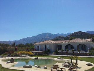 Calvi villa neuve de standing, piscine, 5000m terrain clos, vue mer et montagne