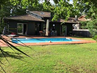 Bassin d'Arcachon, villa de vacances avec piscine et jardin clos