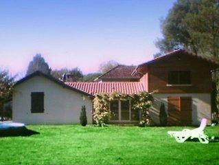 Maison de charme  140 m² dans le jardin paysager de 4000 m² proche de l'océan