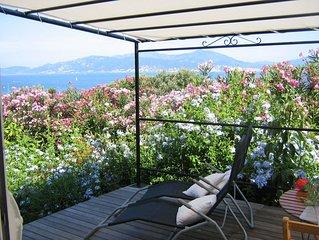 Charmante petite maison Independante, avec jardin et vue mer, Porticcio