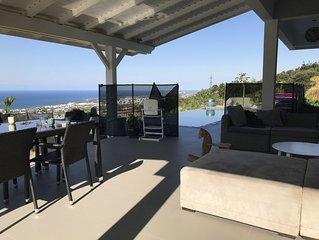 Villa avec piscine et Magnifique vue panoramique