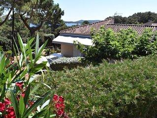 Villa H au calme sur terrain arbore, a Porto-Vecchio